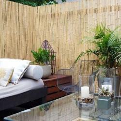 Бамбуковый забор в интерьере