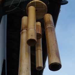 звуковое устройство из бамбука